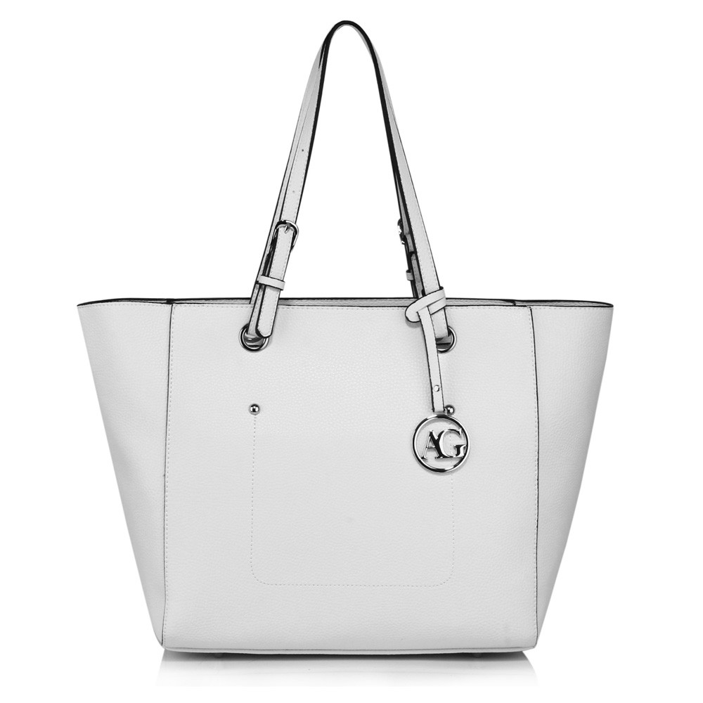 Bílá dámská moderní kabelka přes rameno Gandie