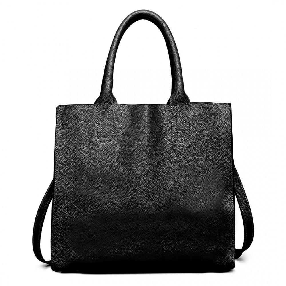 Černá dámská kožená luxusní kabelka Pratie