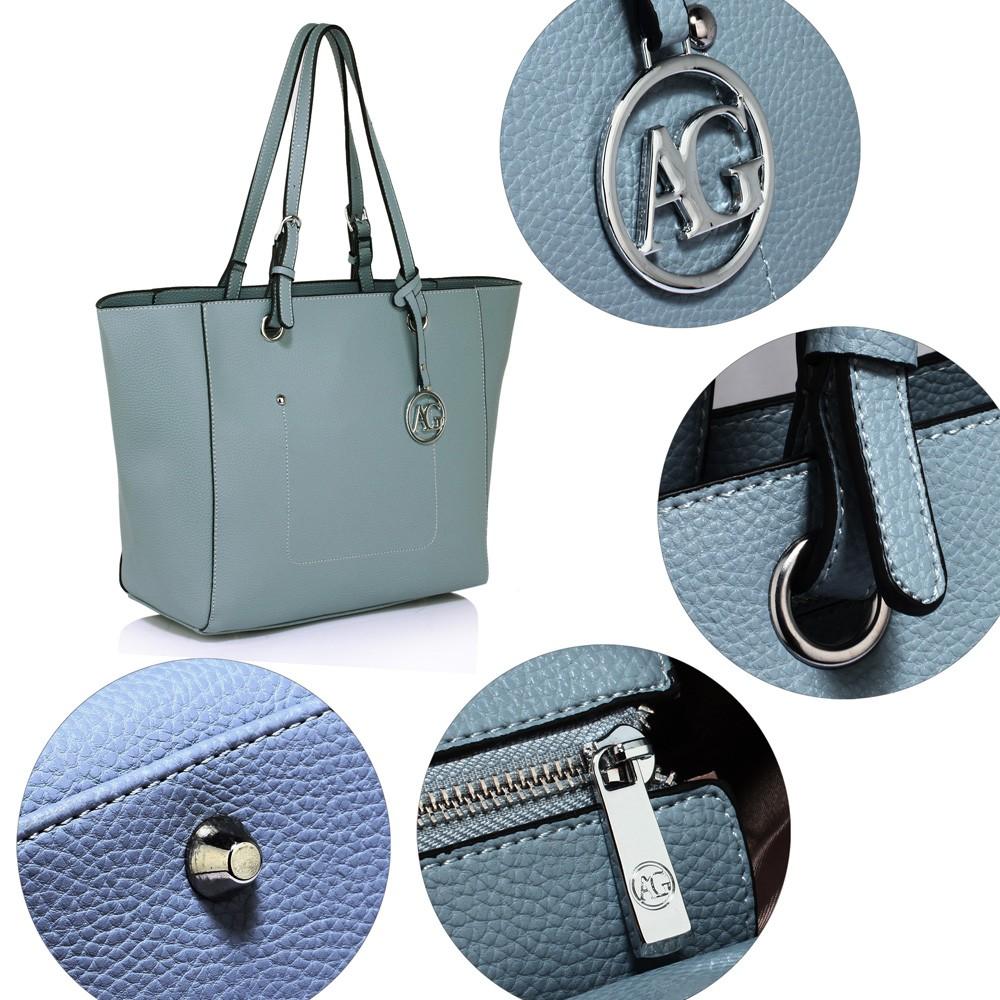 e6088f5e51 Světle modrá dámská moderní kabelka přes rameno Gandie