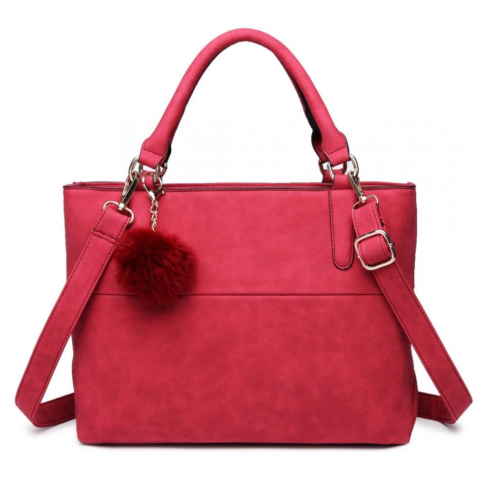 Červená kvalitní dámská kabelka s ozdobou Lusiel 6f159c48ea8