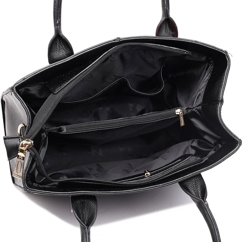 Černá kabelka lulu