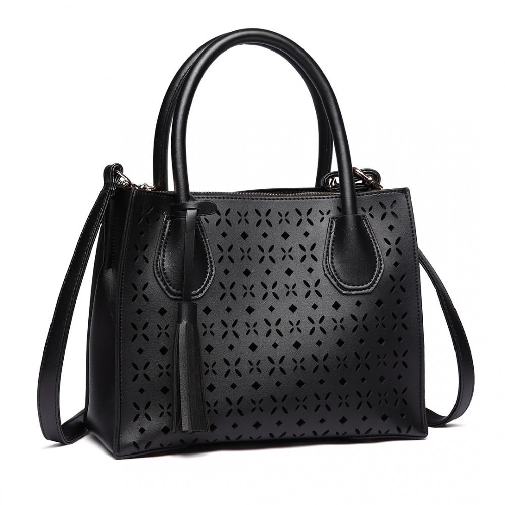 Černá praktická moderní dámská kabelka Umel