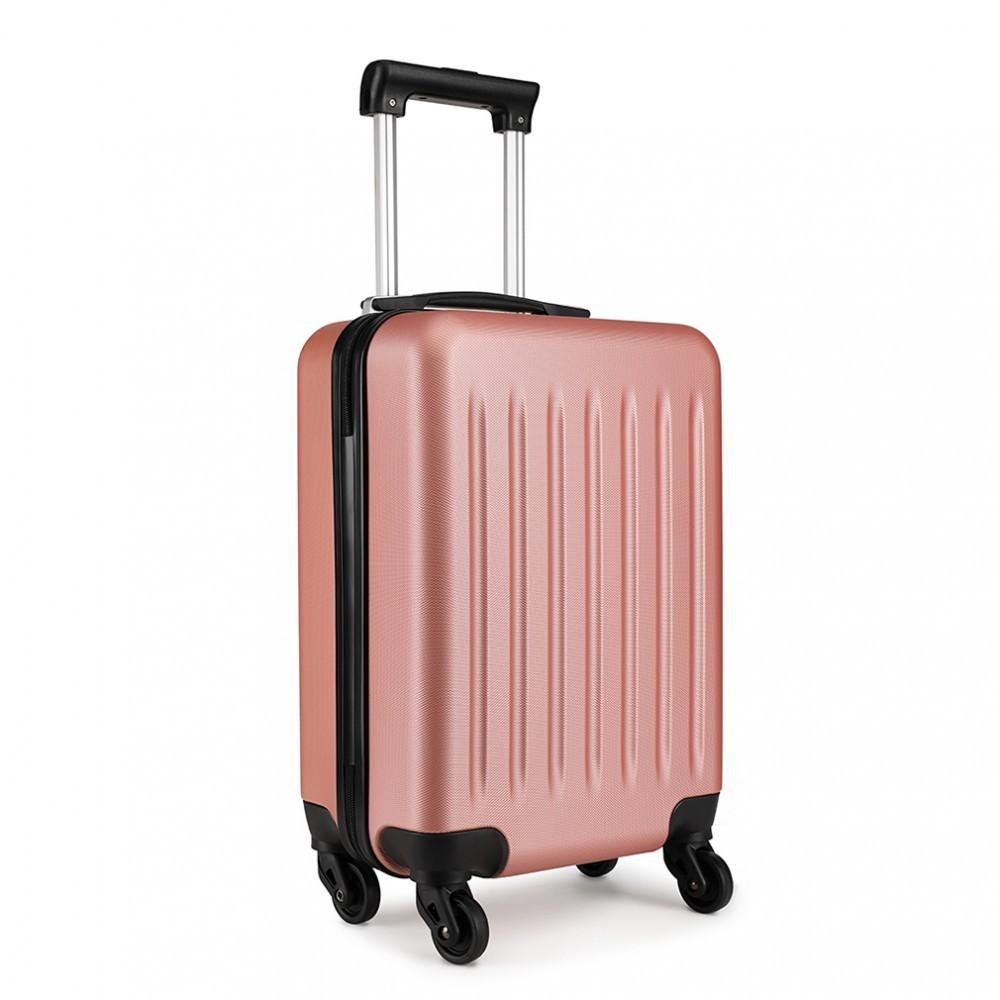 Růžový cestovní kvalitní prostorný malý kufr Bartie