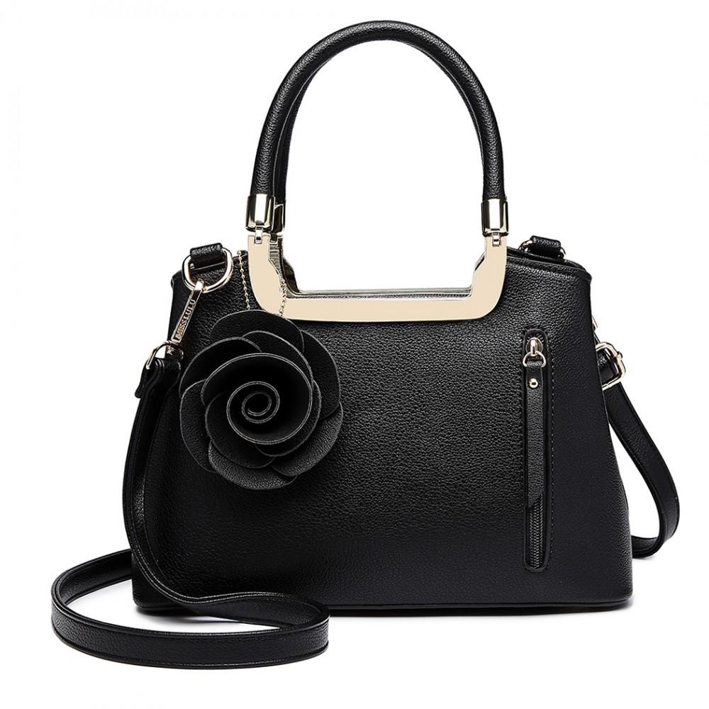 Černá dámská elegantní kabelka s růží Rokiel