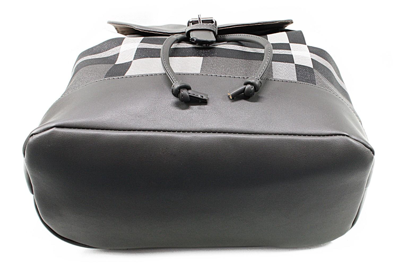 Netradiční batoh Zaria