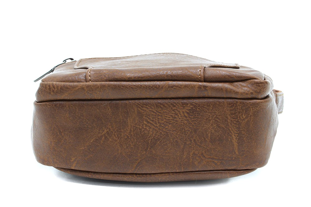 Hnědá pánská praktická crossbody taška Tyrell