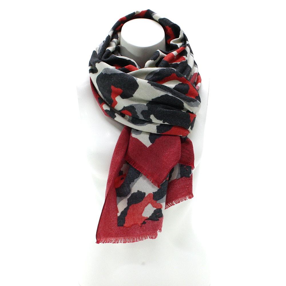 Červený dámský teplý šátek se zvířecím vzorem Bryn