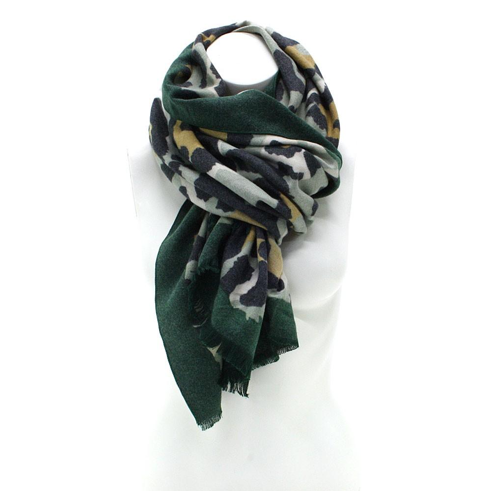 Zelený dámský teplý šátek se zvířecím vzorem Bryn