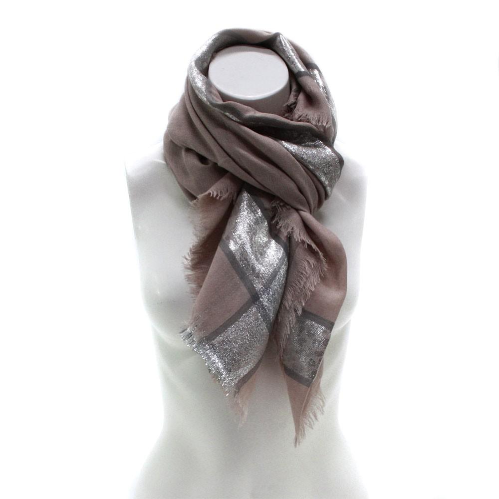 Hnědý dámský módní šátek se stříbrným pruhem Vedette